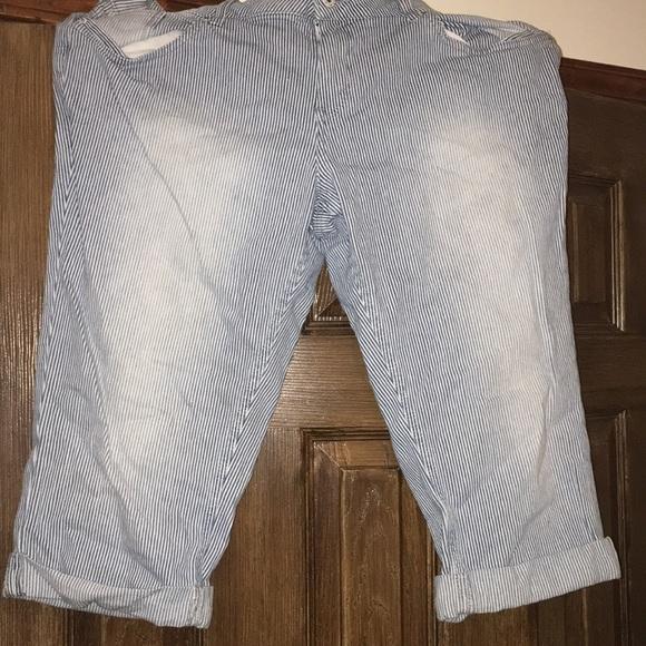 Levi's Pants - Levi capris